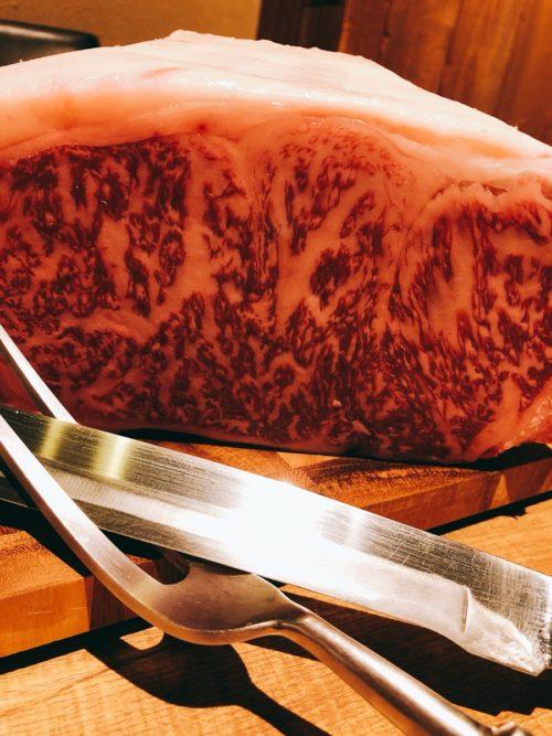 品川の和食店でステーキが鉄板焼きで楽しめるお店。